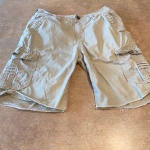 Men's BKE shorts size 32